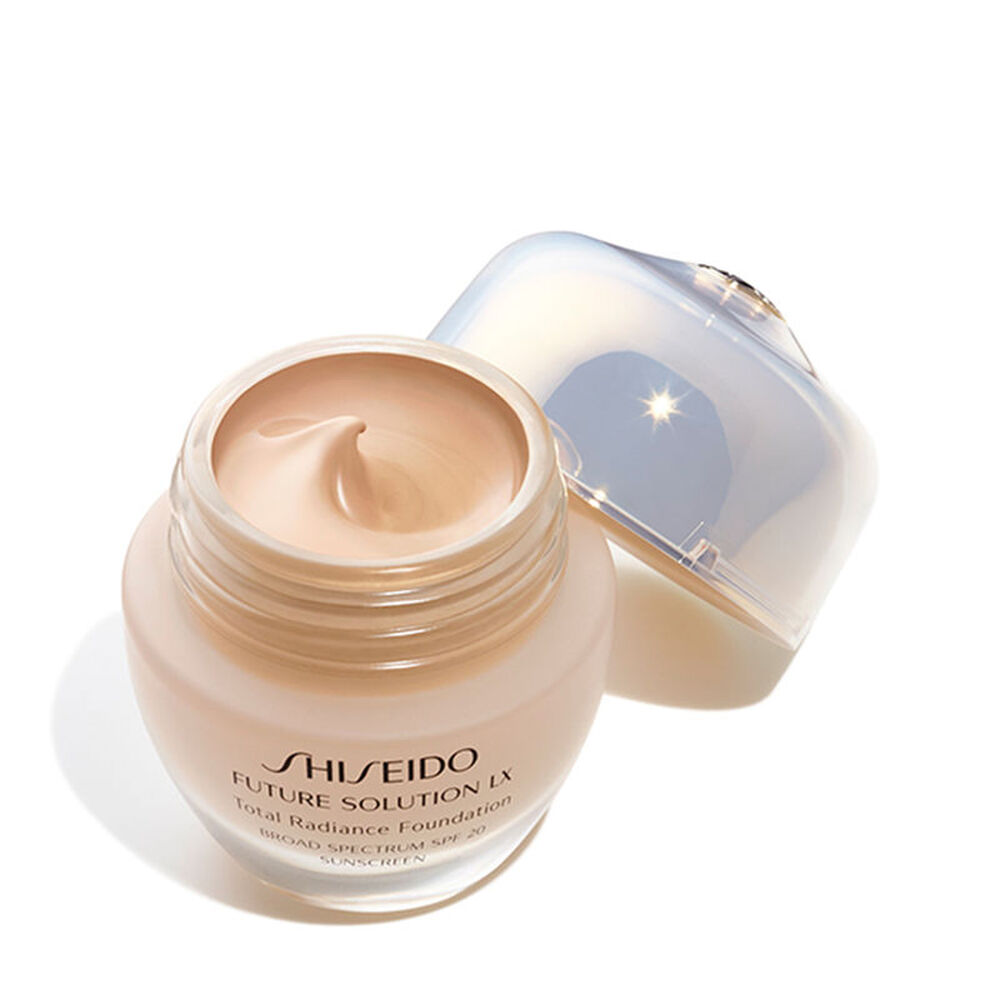 Total Radiance Foundation E, Natural3