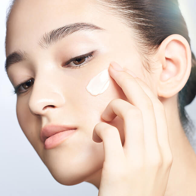 Create a New Skincare Regimen by Coordinating Your Face Cream with the Time of Day.